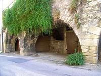 Gewölbe des Kellers, Arkaden, Ansicht von Süden / Wohnhaus und Arkaden in 74354 Besigheim (12.07.2007 - Denkmalpflegerischer Werteplan, Gesamtanlage Besigheim, Regierungspräsidium Stuttgart)