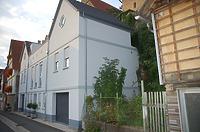 Ansicht von Süden / Wohnhaus, ehemals Wohnhaus und Scheuer in 74354 Besigheim (23.08.2010 - Archiv H.-V. Kraemer)
