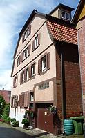 Strassenseite (Westen) / Wohnhaus in 74354 Besigheim (16.06.2016 - M.Haußmann)
