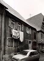 (historische) Ansicht von Westen / Wohnhaus und Scheune in 74354 Besigheim (Stadtarchiv Besigheim)