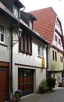 Ansicht von Südwest / Wohnhaus und Scheune in 74354 Besigheim (09.07.2016 - M. Haußmann)