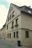 Ansicht von Süden / Wohnhaus, ehemals Wohnhaus und Scheuer in 74354 Besigheim (30.06.2016 - M. Haußmann)