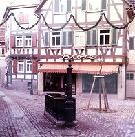 Ansicht von Süden; ehemalige Nutzung als Hutgeschäft / Wohn- und Geschäftshaus in 74354 Besigheim (Stadtarchiv Besigheim)