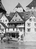 von der Enzseite / Wohn- und Geschäftshaus in 74354 Besigheim (Stadtarchiv Besigheim)