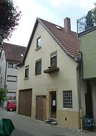im Hinterhof von Gebäude 31  (Ostseite) / Wohnhaus in 74354 Besigheim (16.07.2016 - M.Haußmann)