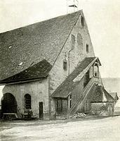 Südöstliche Seite der Kelter mit Treppenaufgang und Kellerhals vor 1959 / Stadthalle Alte Kelter  in 74354 Besigheim (Stadtarchiv Besigheim)