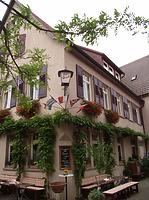 """Naordwestseite / Wohn- und Gasthaus """"Hirsch"""" in 74354 Besigheim (Denkmalpflegerischer Werteplan,  Gesamtanlage Besigheim  Regierungspräsidium Stuttgart)"""