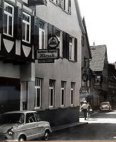 """um 1960 / Wohn- und Gasthaus """"Hirsch"""" in 74354 Besigheim (Szadtarchiv Besigheim)"""