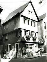 vor 1980 - Ansicht von Westen / Wohnhaus in 74354 Besigheim (M. Haußmann)