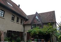 Ansicht von Osten, das Gebäude Pfarrgasse 18 / Wohnhaus, Neubau in 74354 Besigheim (04.11.2016 - M. Haußmann)