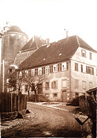 Historische Aufnahme, Ansicht von Westen / Wohnhaus (ehem. Pfarrhaus) in 74354 Besigheim (ca. 1930 - Stadtarchiv Besigheim)