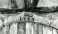 Jahreszahl und Rebmesser am Kellereingang / Wohnhaus und Garagen in 74354 Besigheim (M.Haußmann)
