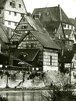 Fachwerkscheuer 11/1; Ansicht von Nordwest  Historische Aufname ca. 1930 / Wohnhaus mit Scheune in 74354 Besigheim (Stadtarchiv Besigheim)