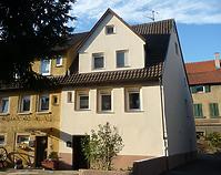 Ansicht von Südost / Wohnhaus, Teil von Doppelhaus und Doppelscheune in 74354 Besigheim (2016 - M. Haußmann)