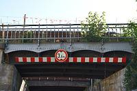 EÜ Heilbronn Schillerstraße, Detailansicht des Überbaus von Südwesten / Eisenbahnüberführung Schillerstraße in 74076 Heilbronn (August 2020 - strebewerk. Architekten GmbH)
