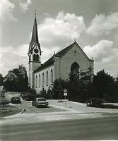 Kath. Pfarrkirche St. Nikolaus, Rielasingen- Worblingen- Südansicht / Kath. Pfarrkirche St. Nikolaus in 78239 Rielasingen-Worblingen (Landesamt für Denkmalpflege Freiburg, Bildarchiv)
