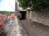 """Der """"Gang"""" in die Amtsgerichtsgasse (Westen) / Auf der Mauer in 74354 Besigheim (2007 - Denkmalpflegerischer Werteplan, Gesamtanlage Besigheim, Regierungspräsidium Stuttgart)"""
