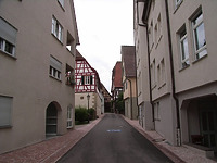 Von Kirchstraße in nördliche Gasse  / Pfarrgasse in 74354 Besigheim (2007 - Denkmalpflegerischer Werteplan,  Gesamtanlage Besigheim  Regierungspräsidium Stuttgart)