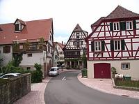 Blick von Mittelteil nach Norden  / Pfarrgasse in 74354 Besigheim (2007 - Denkmalpflegerischer Werteplan,  Gesamtanlage Besigheim  Regierungspräsidium Stuttgart)