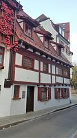 Ostfassade / Wohn- und Geschäftshaus  in 89073 Ulm (20.10.2018 - Christin Aghegian-Rampf)