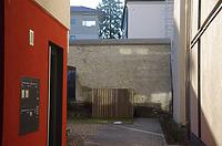 Reste der Stadtmauer, Ansicht von Schwanengasse / Abgegangenes Wohnhaus (Rest der Stadtmauer und Gewölbekeller) in 89584 Ehingen, Ehingen (Donau) (15.02.2019 - Christin Aghegian-Rampf)