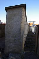 Stadtmauerrest beu Schulgasse 21, Ostansicht von Zitronengässle / Teil der Stadtmauer  in 89584 Ehingen, Ehingen (Donau) (15.02.2019 - Christin Aghegian-Rampf)