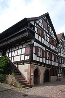 Nordostansicht / Sog. Strumpfweberhaus in 77761 Schiltach (Bildarchiv Freiburg, Landesamt für Denkmalpflege)