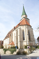 Ansicht von Südosten. / Evang. Pfarrkirche St. Michael in 72119 Ammerbuch, Entringen (25.03.2011 - Foto: Tilmann Marstaller)