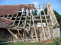 Ostansicht mit nördlichstem Teil der ehem. Schafscheune / Ehem. Schafscheune in 74673  Mulfingen-Simprechtshausen (25.07.2018 - Bastian Heuberger)