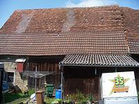Ostansicht mit dem südlichen (nachbarlichen) Scheunenteil / Ehem. Schafscheune in 74673  Mulfingen-Simprechtshausen (25.07.2018 - Bastian Heuberger)