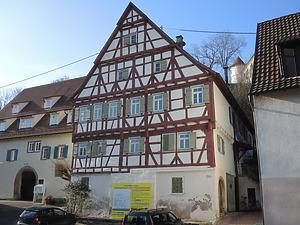 Ansicht des Gebäudes von Südwesten (2016) / Bönnigheim-Hohenstein Altes Rathaus in 74357 Bönnigheim-Hohenstein (26.01.2016 - Markus Numberger, Esslingen)