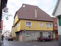 Ansicht von Südosten / Wohnhaus in 72660 Beuren (12.12.2003 )
