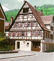 Ansicht von Süden / Fachwerkhaus in 72574 Bad Urach