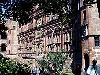 Ottheinrichsbau, Ansicht von Südwesten / Ottheinrichsbau in 69117 Heidelberg, Altstadt (http://www.buehler-hd.de/bildarchiv/heidelberg/ottheinbau/tnp1010131jpg.jpg)