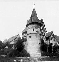 Aufnahme von 1925 (www.bildindex.de) / Wasserturm am Zollernschloss in 72336 Balingen