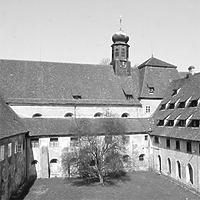 Aufnahme von Süd, 1981 / ehemalige Klosteranlage in 88639 Wald