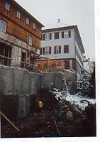 Baugrube des nordöstlichen Anbaus. Der bisherige Anbau ist bereits entfernt. Von Südosten. / Gasthaus Kronprinz, nördlicher Anbau in 74523 Schwäbisch Hall