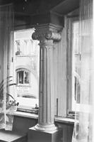 Hohenhausgasse 12, Mittelstütze Stube 1. OG. / Haus zum Krottengäßle in 78463 Konstanz (17.12.2014 - Foto Marburg, 373/49, 1962-1971.)