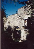 Tor in der Stadtmauer. Von Süden. / Stadtgraben bei der Stadtmühle in 74523 Schwäbisch Hall
