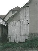 Anbau des Schleppschopfes, Ansicht Nord (2003) / Annexbauten am Haupthaus (Hofanlage Aichelau) in 72539 Aichelau (01.04.2003 - Hans-Jürgen Klose)