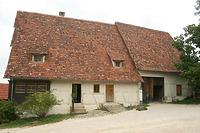 Traufseite Wohn-Stall-Haus  / Dosterhaus, Wohnstallhaus mit Scheuer aus Beuren in 72660 Beuren (18.08.2011 - Becker_priv)