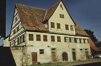 Haus Bühler am Originalstandort in Öschelbronn-Gäufelden / Sog. Haus Bühler, Doppel-Wohnstallhaus aus Öschelbronn in 71126 Öschelbronn (22.10.1990 - http://www.freilichtmuseum-beuren.de/museum/rundgang/haus-aus-oeschelbronn-im-aufbau-einlagerungsschuppen-oeschelbronn/)