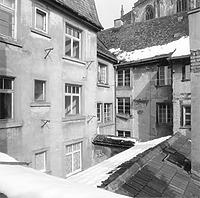 """Ansicht von West (Hofseite), 1986 / Wohnhaus in 78426 Konstanz (Auszug aus """"Raumbuch mit Fotodokumentation"""")"""