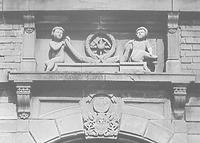 Relief über der Haustür / Steinmetzhaus aus Wangen in 73117 Wangen (25.11.1987)