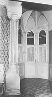 Fenstersäule am Erker (1. OG) (1976) / Wohnhaus in 88212 Ravensburg (05.03.1976 - LDA Tübingen, 25903 (9x12); (Aufnahme: Bock, 1976, Oberopfingen); Bildindex Foto Marburg)
