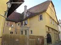 Ansicht des Gebäudes von Nordosten / Wohnhaus in 74354 Besigheim (10.10.2010 - Markus Numberger, Esslingen)