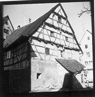 Südgiebel / Wohn- Wirtschaftshaus in 88605 Meßkirch (01.01.1973 - Bildindex Foto Marburg: LAD BW/Tübingen, Microfiche-Scan mi07296e09)