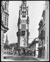 Schwabentor nach historistischer Umgestaltung 1901 (1936) / Schwabentor in 79098 Freiburg, Altstadt (01.01.1936 - Bildindex Foto Marburg, Aufnahme-Nr. KBB 10.661)