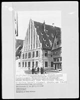 Nordflügel, westlicher Giebel, Ansicht gegen O (um 1909) / Altes Spital in 88515 Biberach, Biberach an der Riß (Bildindex Foto Marburg: LAD BW/Stuttgart, Microfiche-Scan mi04933f14)