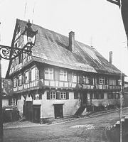 Ansicht gegen SO (um 1955) / Wohnhaus in 88515 Biberach, Biberach an der Riß (Bildindex Foto Marburg: LAD BW/Tübingen, Microfiche-Scan mi04935c01)